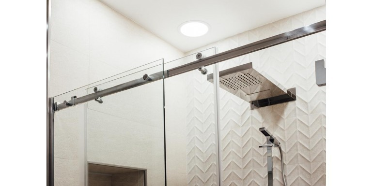 Drzwi prysznicowe – rodzaje i właściwości
